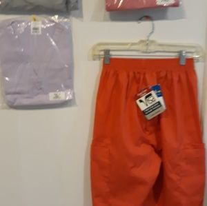 Tops - Scrubs set
